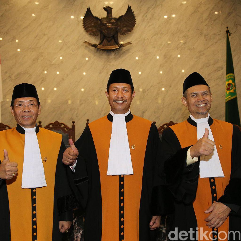 Ketua MA Lantik 3 Hakim Agung Baru, Termasuk Mantan Pimpinan KY