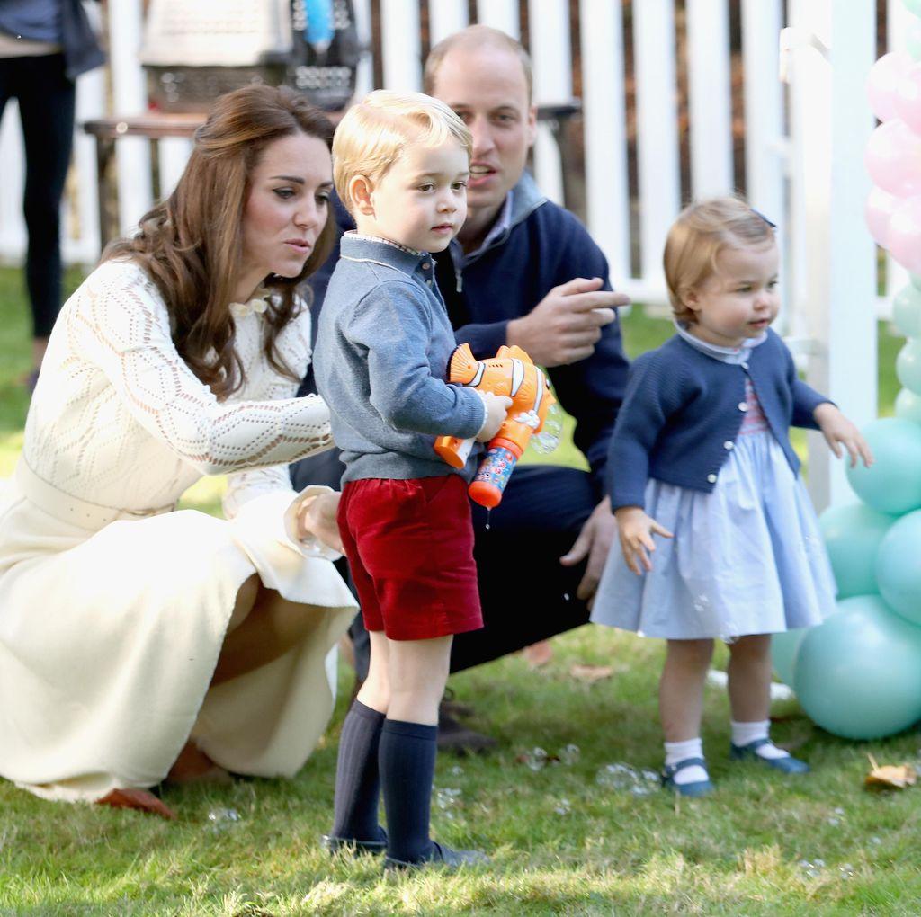 Foto: Melihat Keceriaan Pangeran George & Putri Charlotte di Kanada