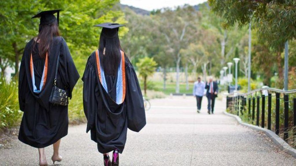Makin Banyak Sarjana Australia Tak Dapatkan Pekerjaan Penuh Waktu