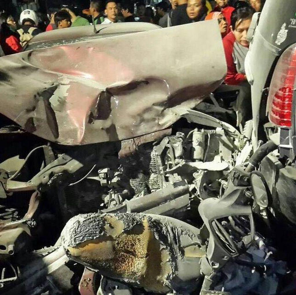 Polisi: Pengemudi Sedan yang Tabrak Pemotor di Tebet Mahasiswa