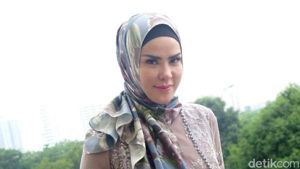 Inspirasi Hijab dari Angel Lelga
