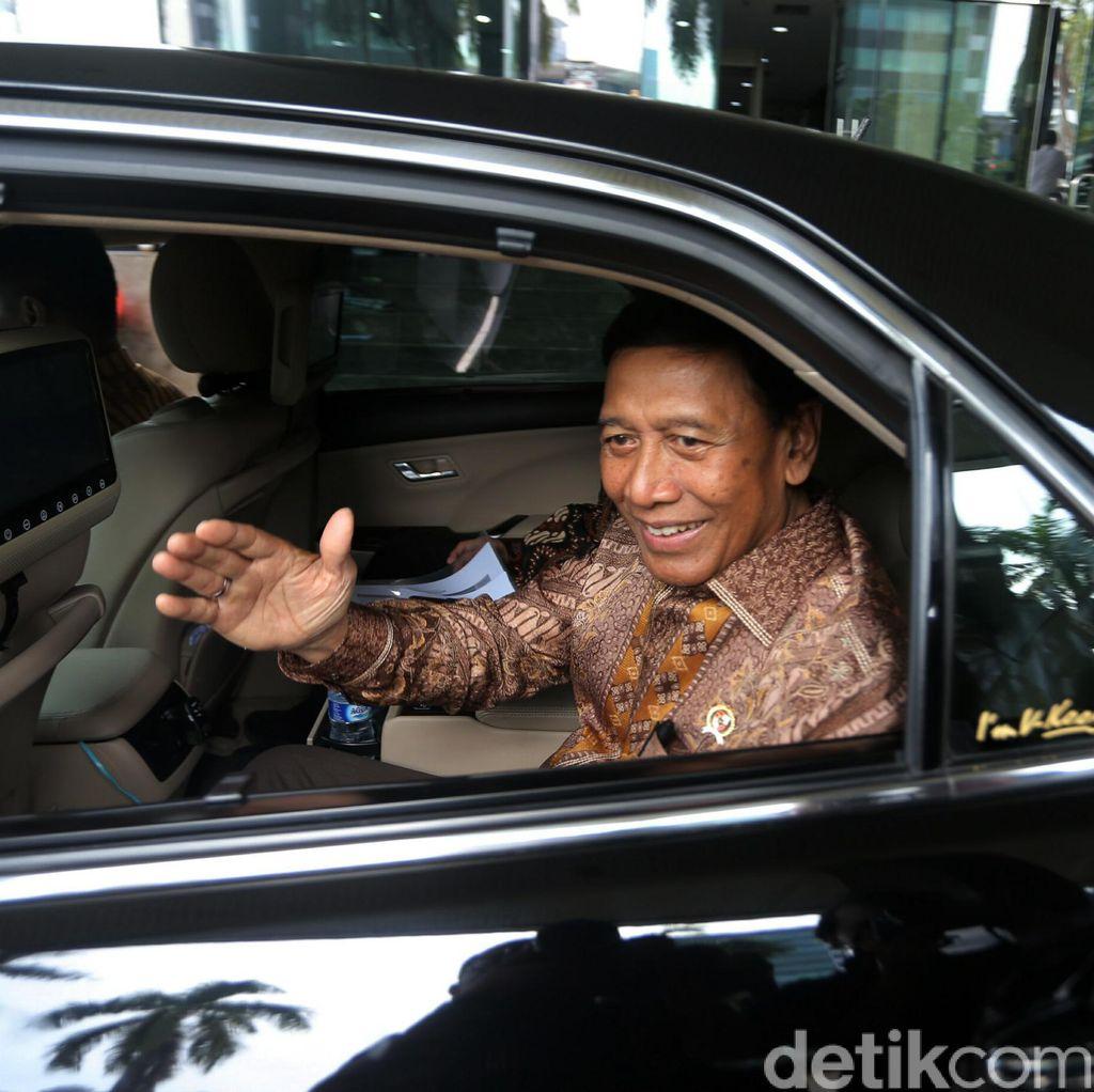 Jokowi Bentuk Satgas Saber Pungli, Masyarakat Bisa Lapor ke Sini!