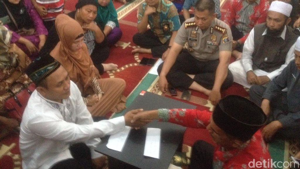 Sudah Sebar Undangan, Tersangka Ini Nikahi Kekasihnya di Mapolrestabes Medan