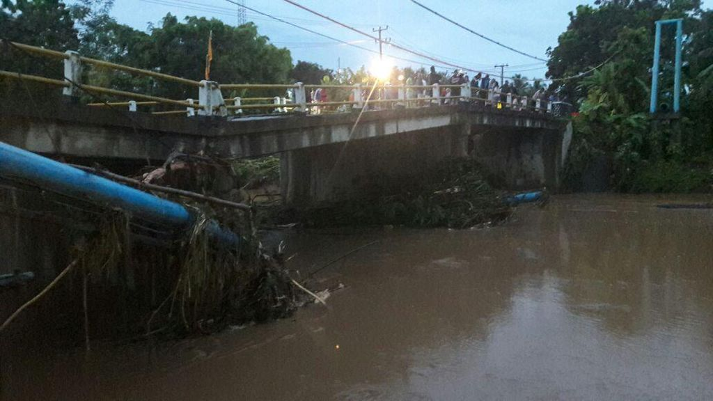 Basarnas: Dua Orang Meninggal Akibat Longsor di Pangandaran