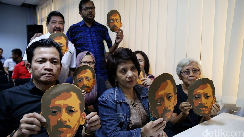 Jokowi Perintahkan Kasus Munir Dituntaskan