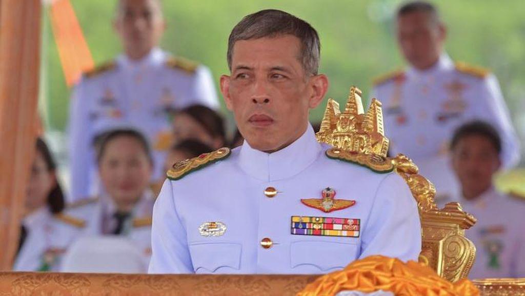 Putra Mahkota Vajiralongkorn, Antara Skandal dan Penerus Takhta Kerajaan Thailand
