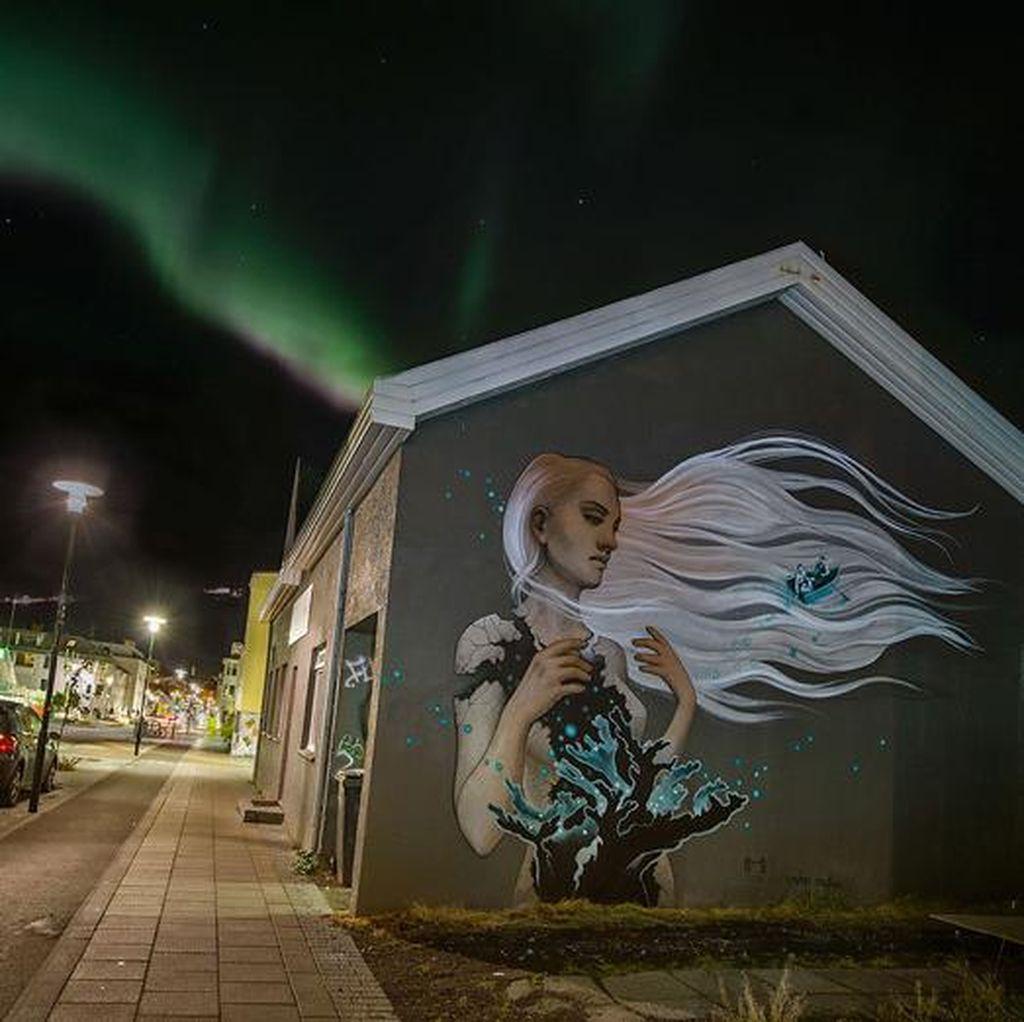 Intip Mural-mural Cantik di Reykjavik