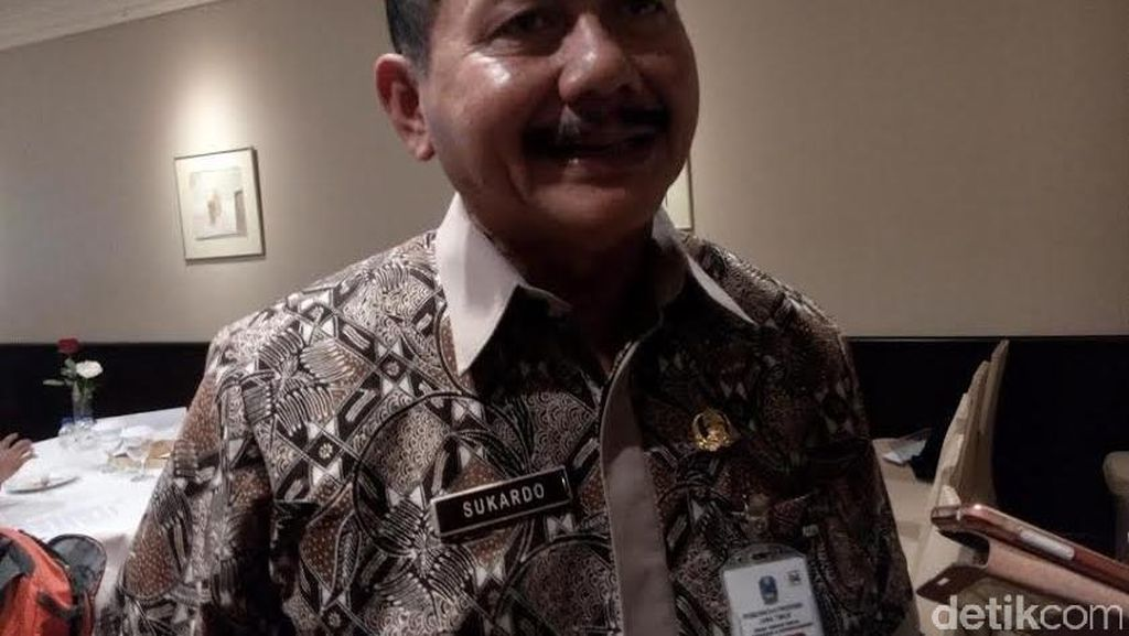 Tak Ingin Gubernur Ditegur Menteri, Kadisnaker Jatim Minta UMP Ditetapkan Sebelum UMK