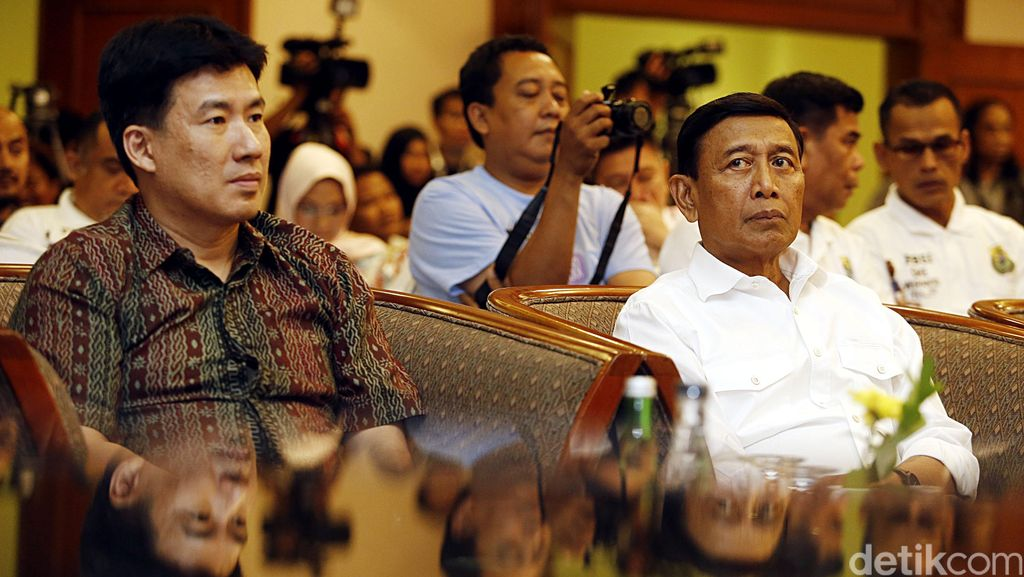 Ikut Bursa Pencalonan Ketum PBSI, Wiranto Sudah Izin ke Jokowi