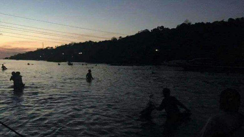 Pencarian Korban Jembatan Kuning Di Bali Yang Ambruk Dilanjutkan Pagi Ini