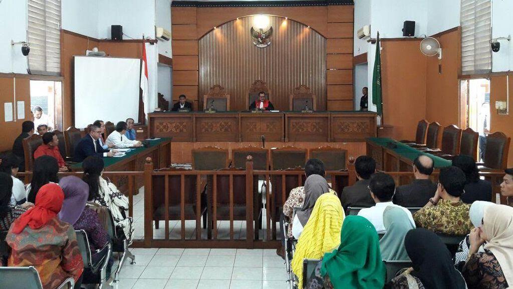 Praperadilan Ditunda, Pengacara Irman Gusman: Ini Kebiasaan Buruk KPK!