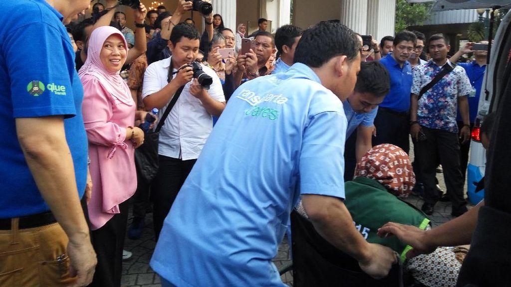 Penyandang Disabilitas Butuh Fasilitas-fasilitas Ini di Bus TransJakarta