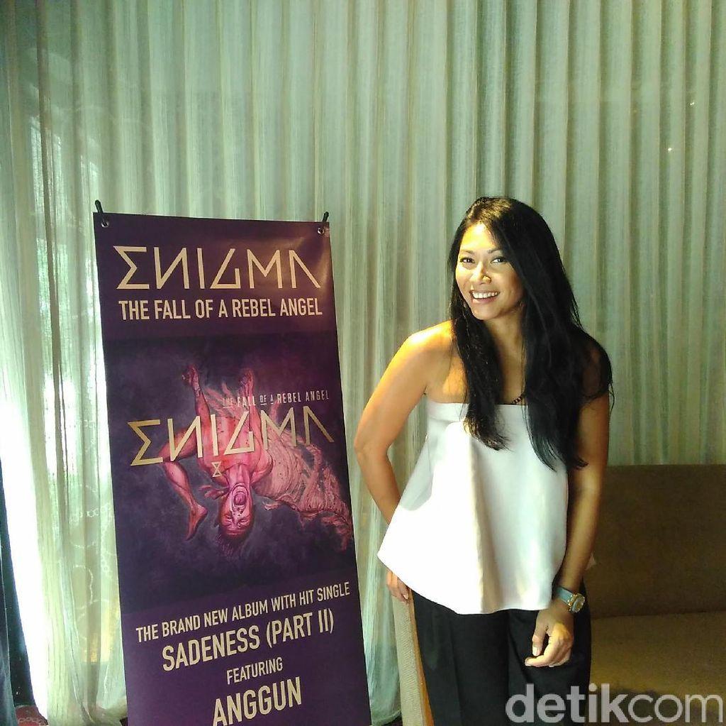 Enigma Pilih Anggun C Sasmi Sebagai Partner Musik