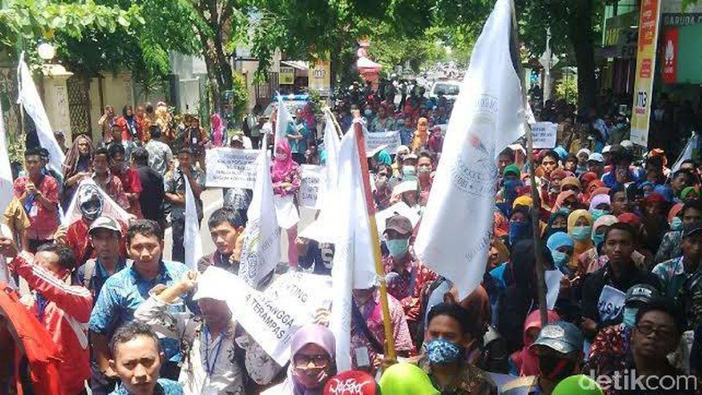 1.000 Guru Honorer Lamongan Tuntut Kesejahteraan dan SK Bupati