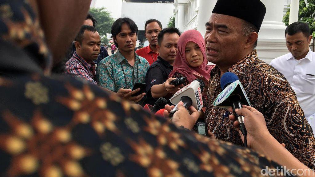 Mendikbud Izin ke Jokowi untuk Kebut Penyebaran KIP Lewat Sekolah