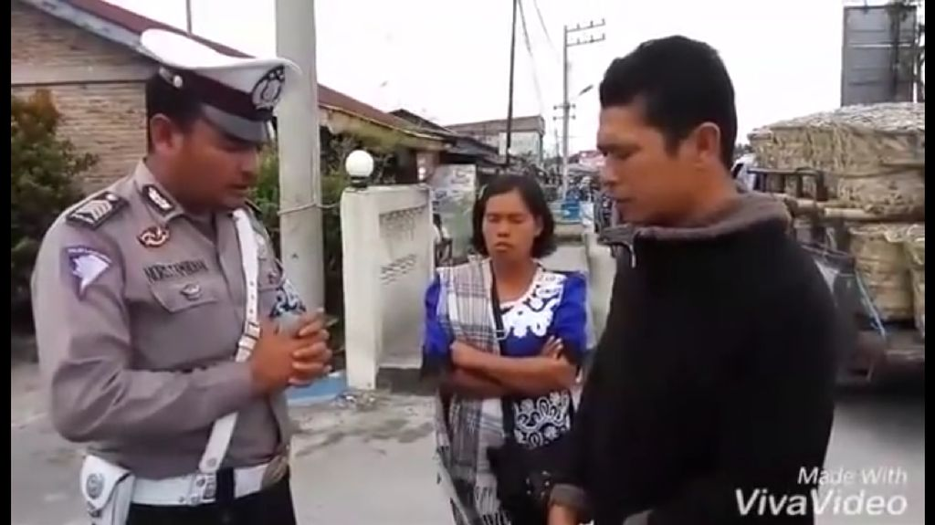 Ajakan Berdoa ke Pelanggar Sebelum Menilang Inisiatif Pribadi Bripka N Tambunan