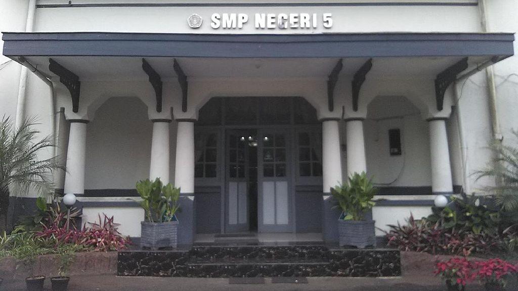 SMP 5 Bandung Bantah Adanya Pungli, Tetapi Akui Menerima Siswa Titipan