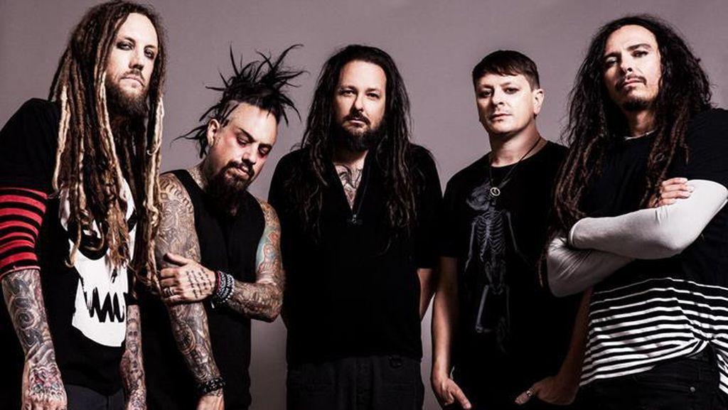 Korn Mengentak Lagi Lewat Album ke-12