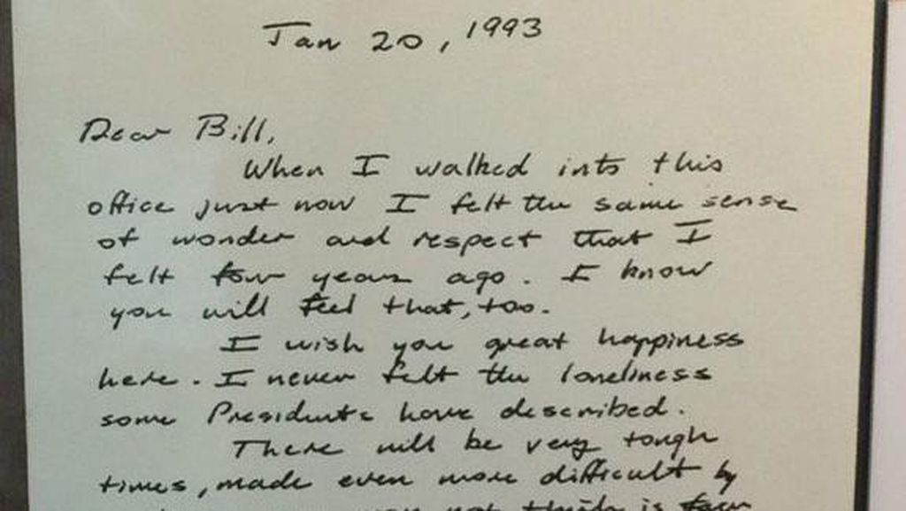Surat Bush Senior ke Bill Clinton Bikin Warga AS Terharu