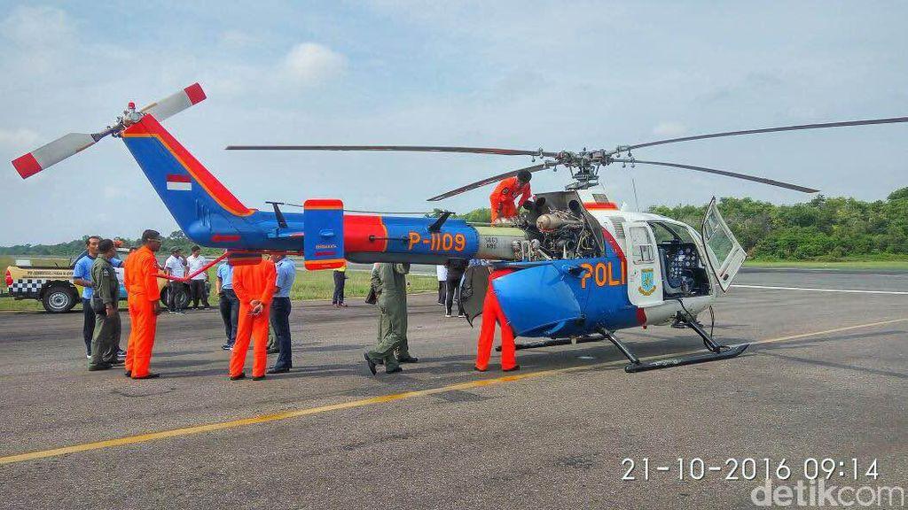 Penampakan Heli yang Alami Kerusakan dan Mendarat di Runway Bandara Pekanbaru
