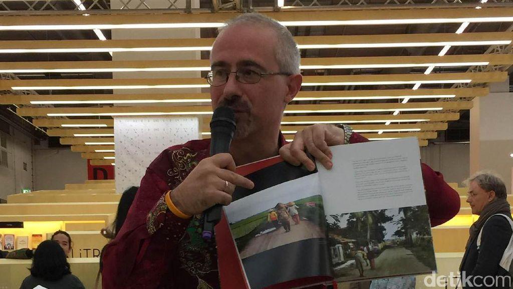 Jawa dalam Kamera Fotografer Italia: Santai dan Damai