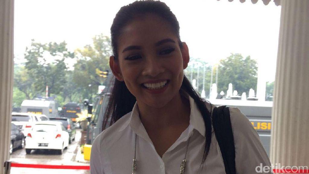 Puteri Indonesia 2015 Anin Temui Ahok di Balai Kota