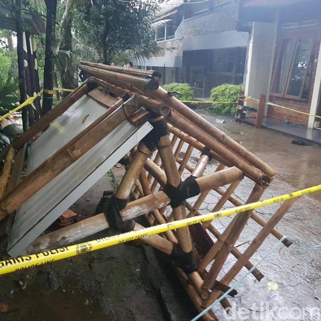Bocah SD di Sukabumi ini Tewas Setelah Tertimpa Papan Mading