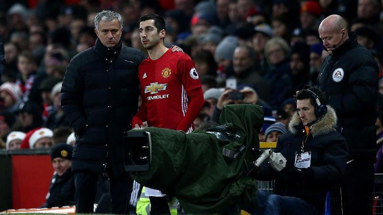 Mourinho Berikan Perspektif Tentang Mkhitaryan Yang Terlambat Bermain
