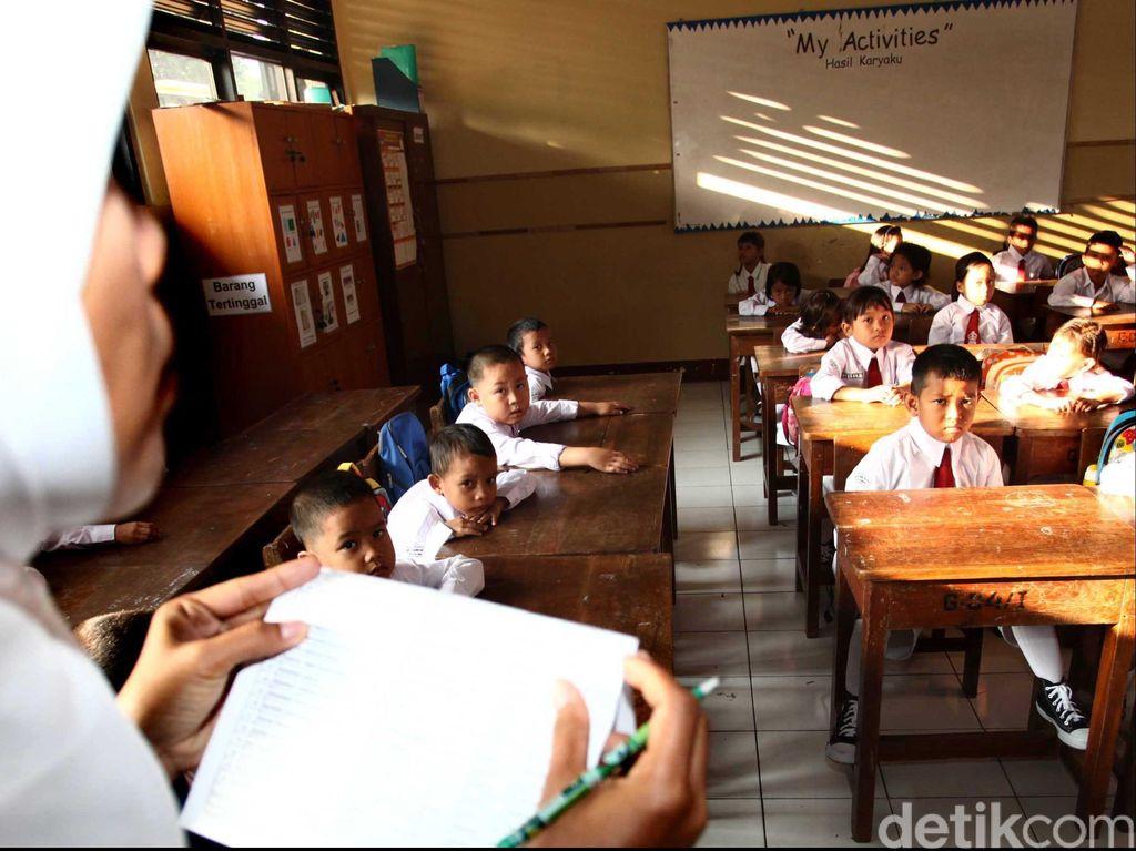Riset: Suara Parau Ibu Guru Berhubungan dengan Kapasitas Paru-paru