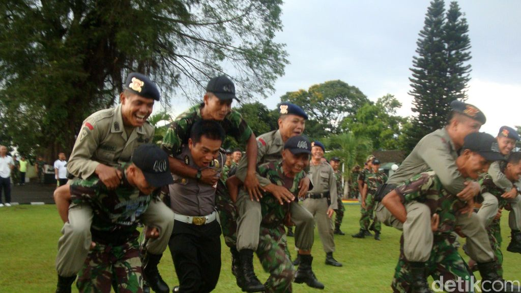 Bentrok Polewali Mandar, TNI-Polri: Jangan Mudah Terprovokasi Info Hoax