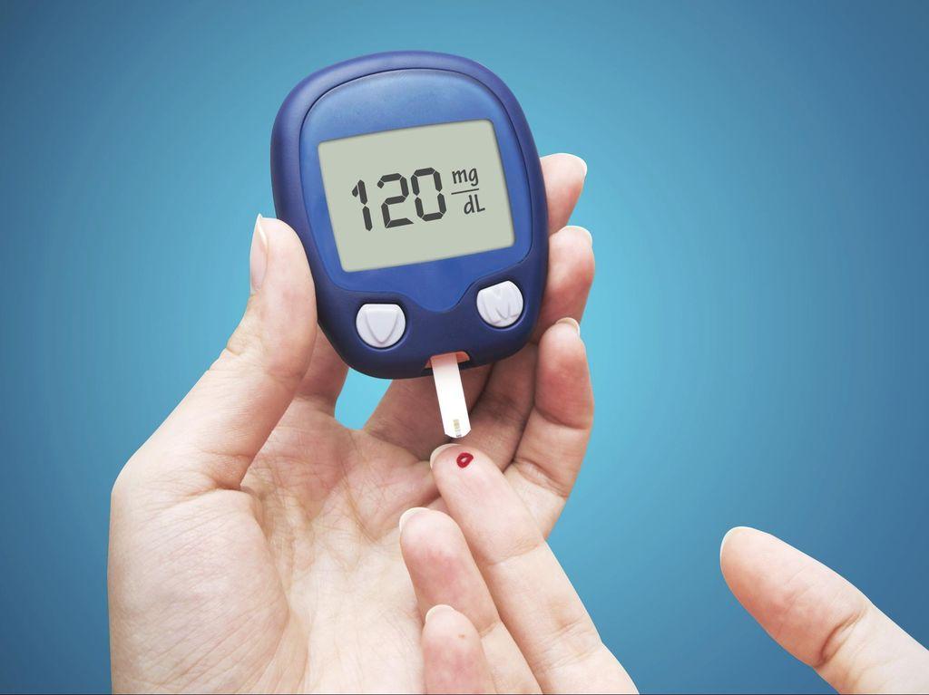 Cek Gula Darah Teratur Bantu Turunkan Risiko Komplikasi Diabetes