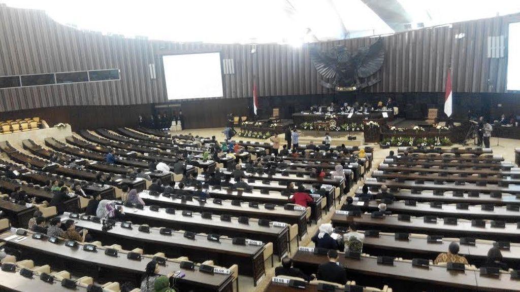 Menengok Prestasi 10 Bulan Kinerja DPR di Peringatan HUT ke-70