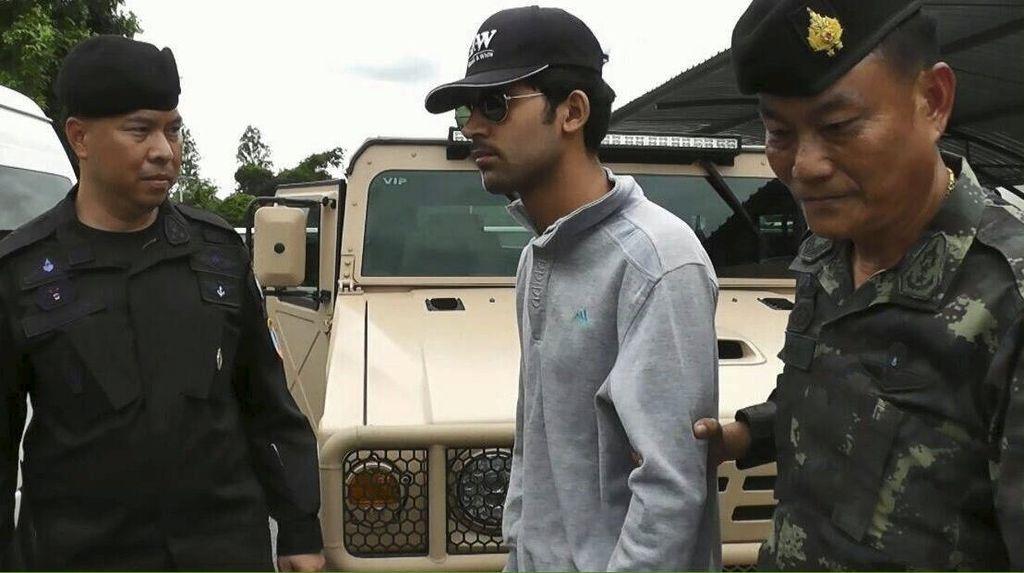 Tersangka Bom Bangkok Kedapatan Membawa Rumus Merakit Bom