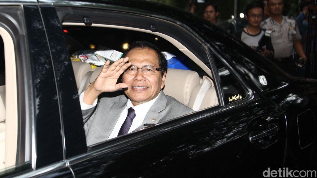 Rizal Ramli 'Rajawali Ngepret' Hanya 11 Bulan Duduk Sebagai Menteri