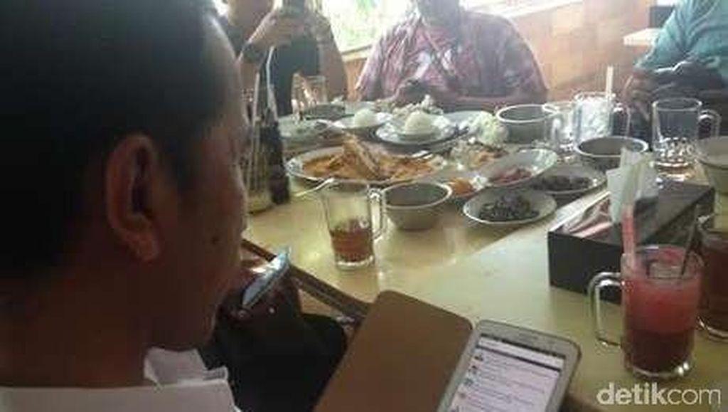 Istana: Presiden Fokus Kerja, Beda dengan yang Sibuk bikin Tagar Negatif