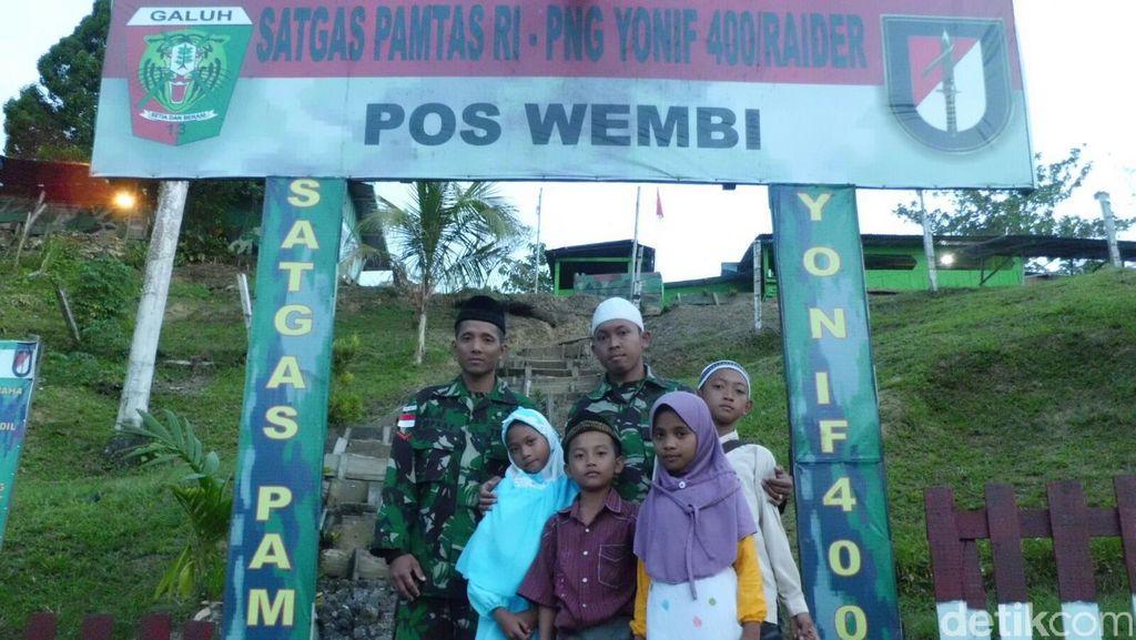 Bertugas di Perbatasan Papua, Kopral Ini Bantu Jadi Guru Ngaji Anak