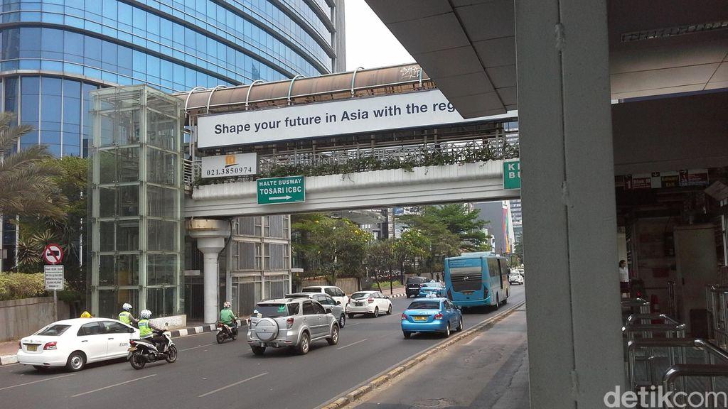 Top! Halte TransJ Tosari Punya Lift dan Guiding Block untuk Disabilitas
