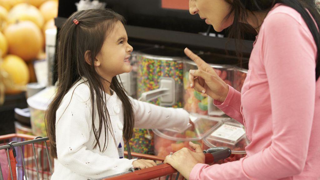 Kata Psikolog Soal Anak yang Mesti 'Dikerasi' Agar Nurut pada Orang Tua