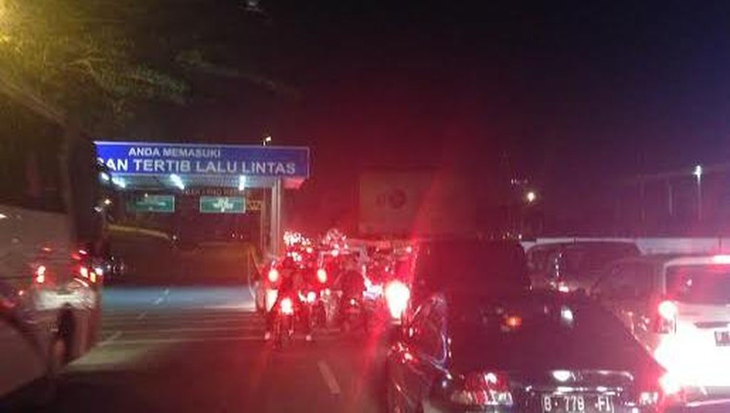 Akses ke Rawa Bokor Ditutup, Lalu Lintas di Bandara Soekarno-Hatta Lancar