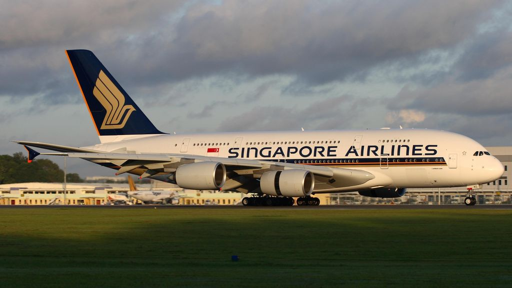 Mesin Singapore Airlines Terbakar Saat Mendarat Darurat di Changi