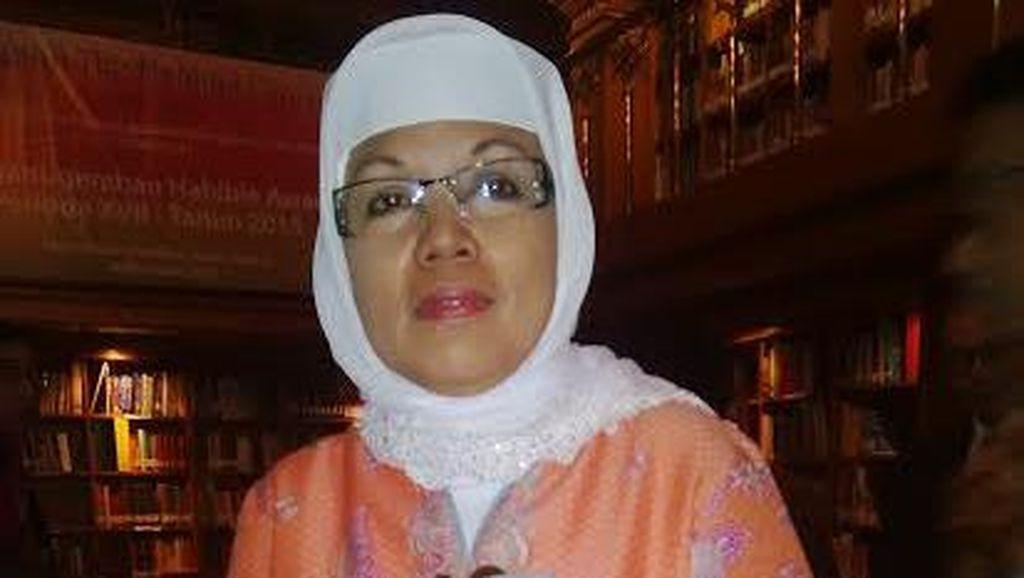 Nina Herlina, Sejarawan Tekun yang Dapat Habibie Award