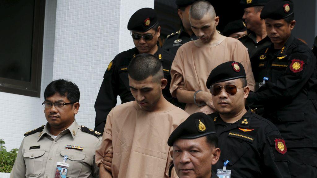 Penerjemah Menghilang, Sidang Terdakwa Bom Kuil Bangkok Ditunda