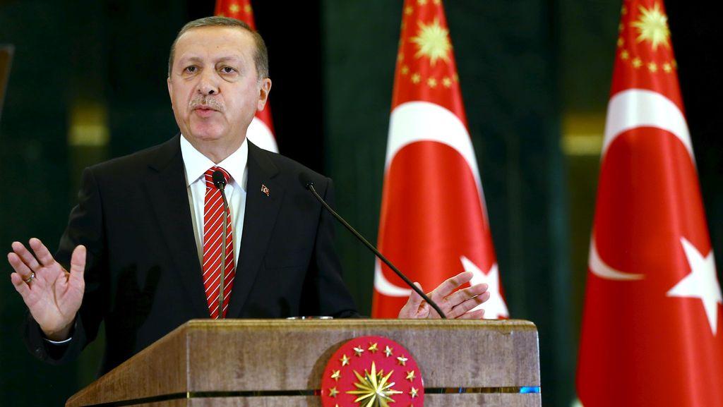 Turki Tembak Jatuh Pesawat Rusia, Erdogan Tak Ingin Situasi Memanas