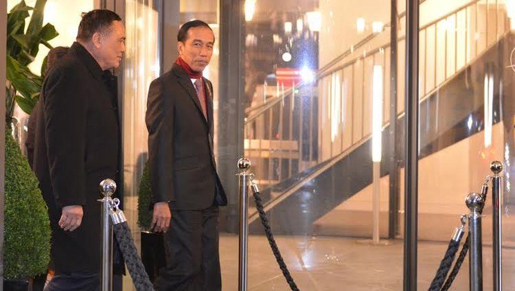 Jelang Tengah Malam, Presiden Jokowi Tiba di Paris untuk Hadiri COP21