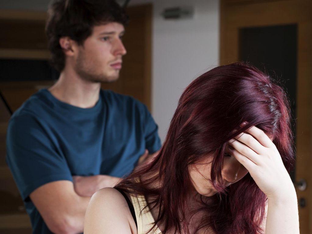 5 Cara Social Media Merusak Hubungan Asmara Anda dengan Kekasih
