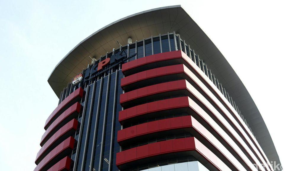 KPK Sita 2 Mobil Terkait Kasus Suap Hakim Bengkulu