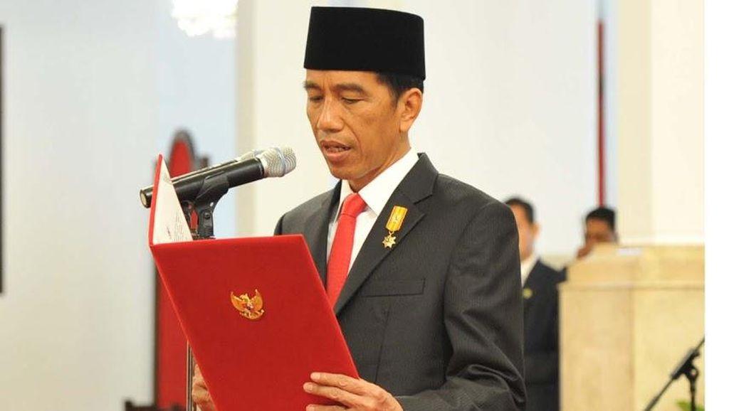 Jokowi: Dulu Pemerintah yang Menekan Pers, Sekarang Berbalik