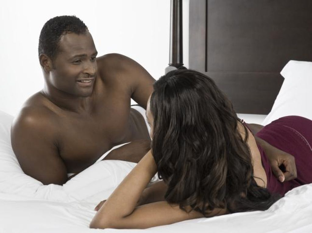 Jarang Melakukan Foreplay Saat Bercinta, Berbahayakah?