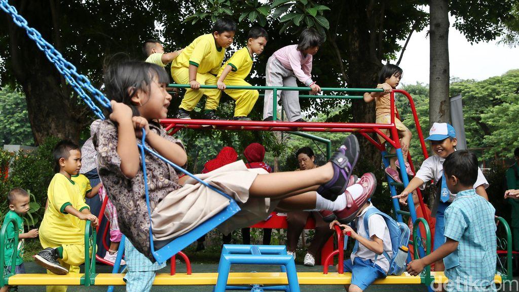 Kemendagri Akan Terbitkan 'KTP' untuk Anak-anak