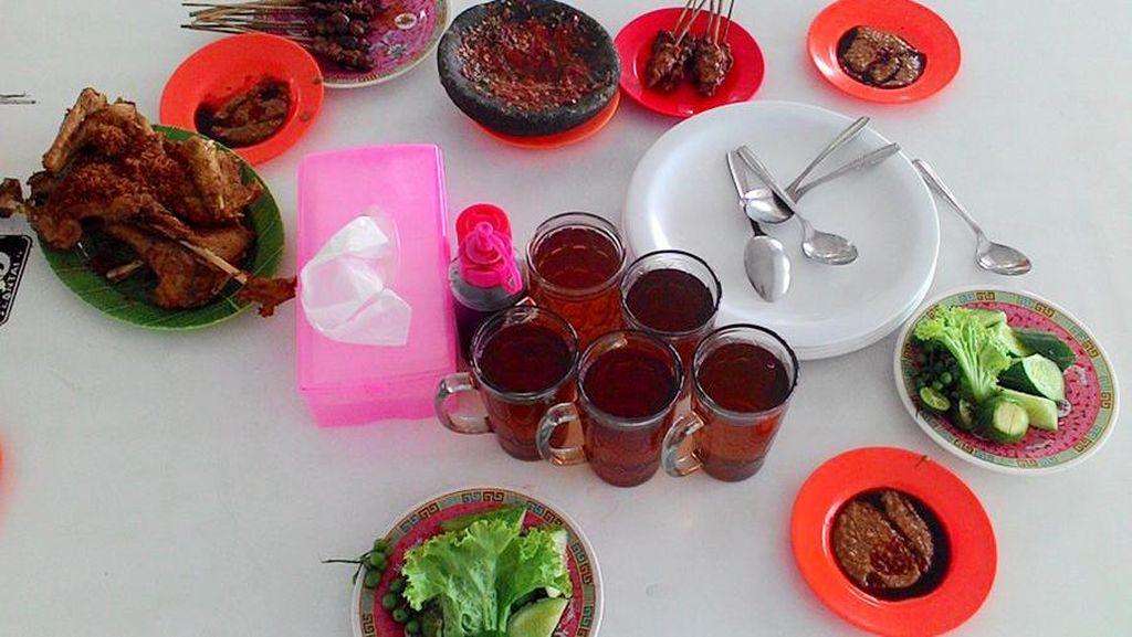Destinasi Wisata Kuliner 'Rahasia' Orang Cirebon